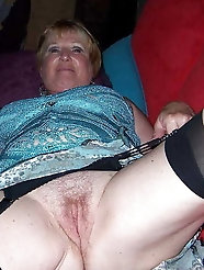 German mature sluts are giving pussy