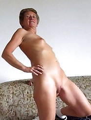Solo Sexy MILFs and Matures FEAT Grannies MIX #30 (GRIGORISPL)