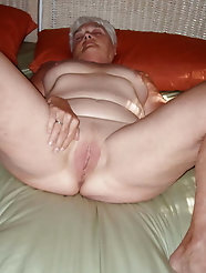 Aged lady loves anal sex so much