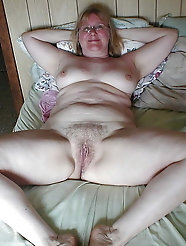 Matures and Grannies Spread 28